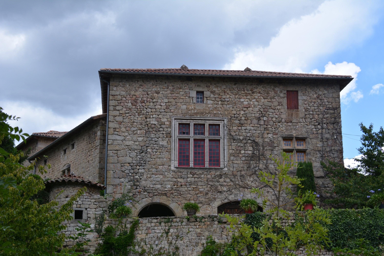 Le château de Grozon