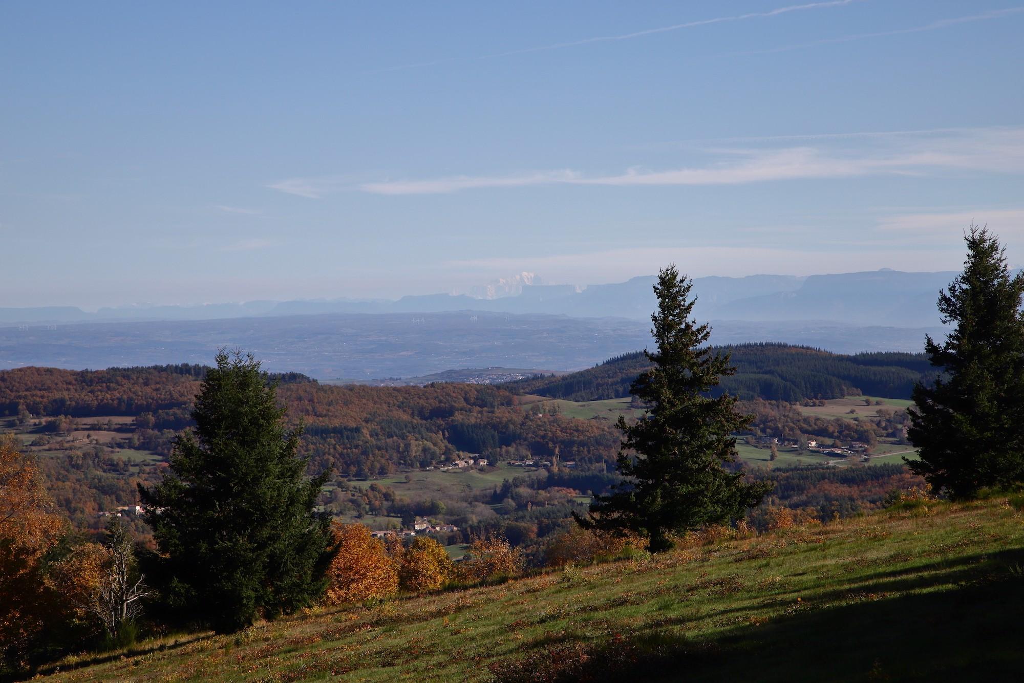 Le Mont-Banc depuis les pâtures du Serre de la Roue