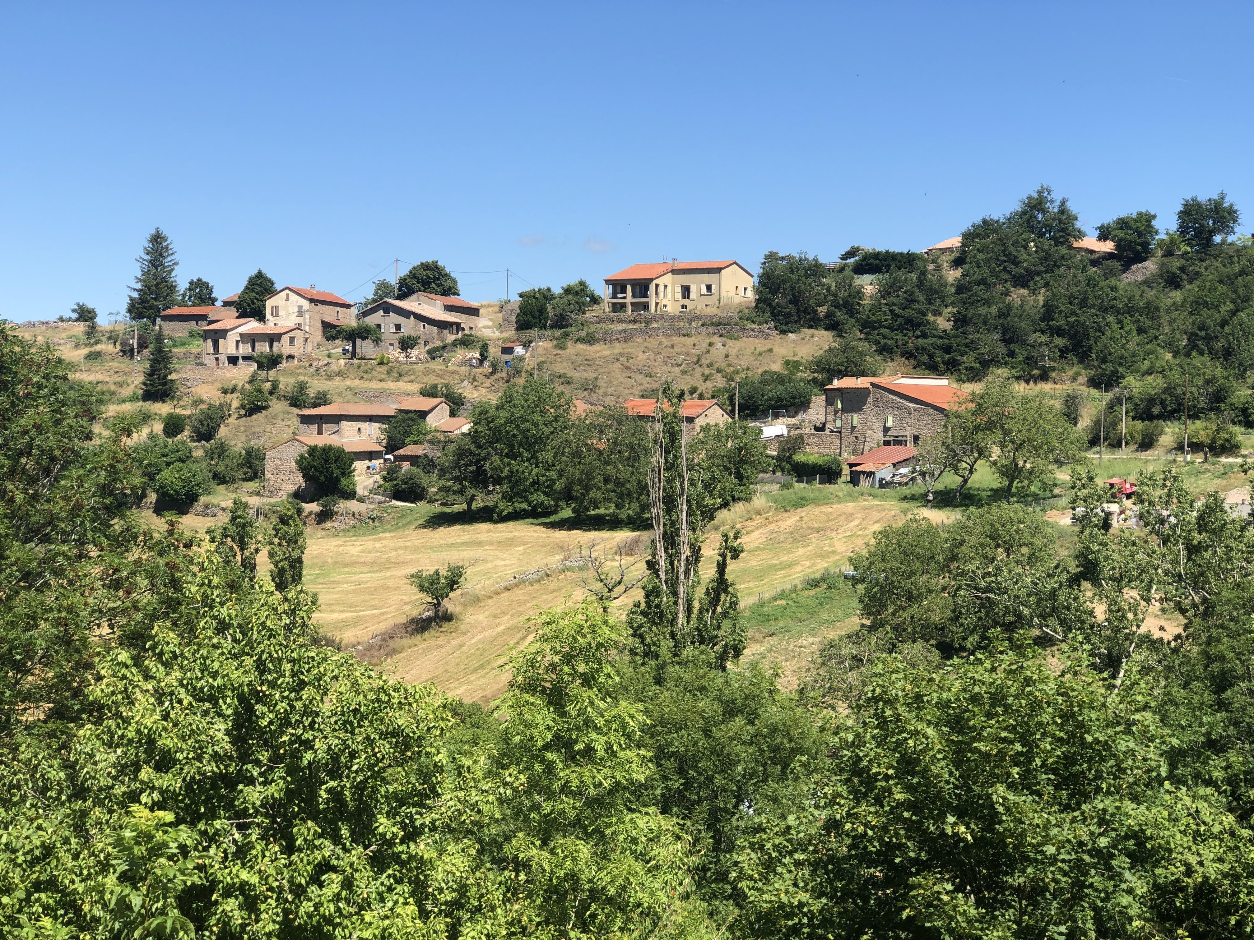 Le hameau de Tracol