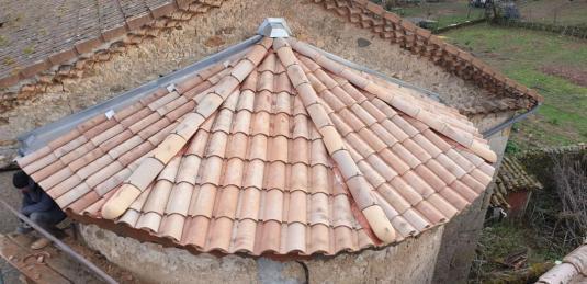 Re paration toit du temple de grozon 10 dec 20