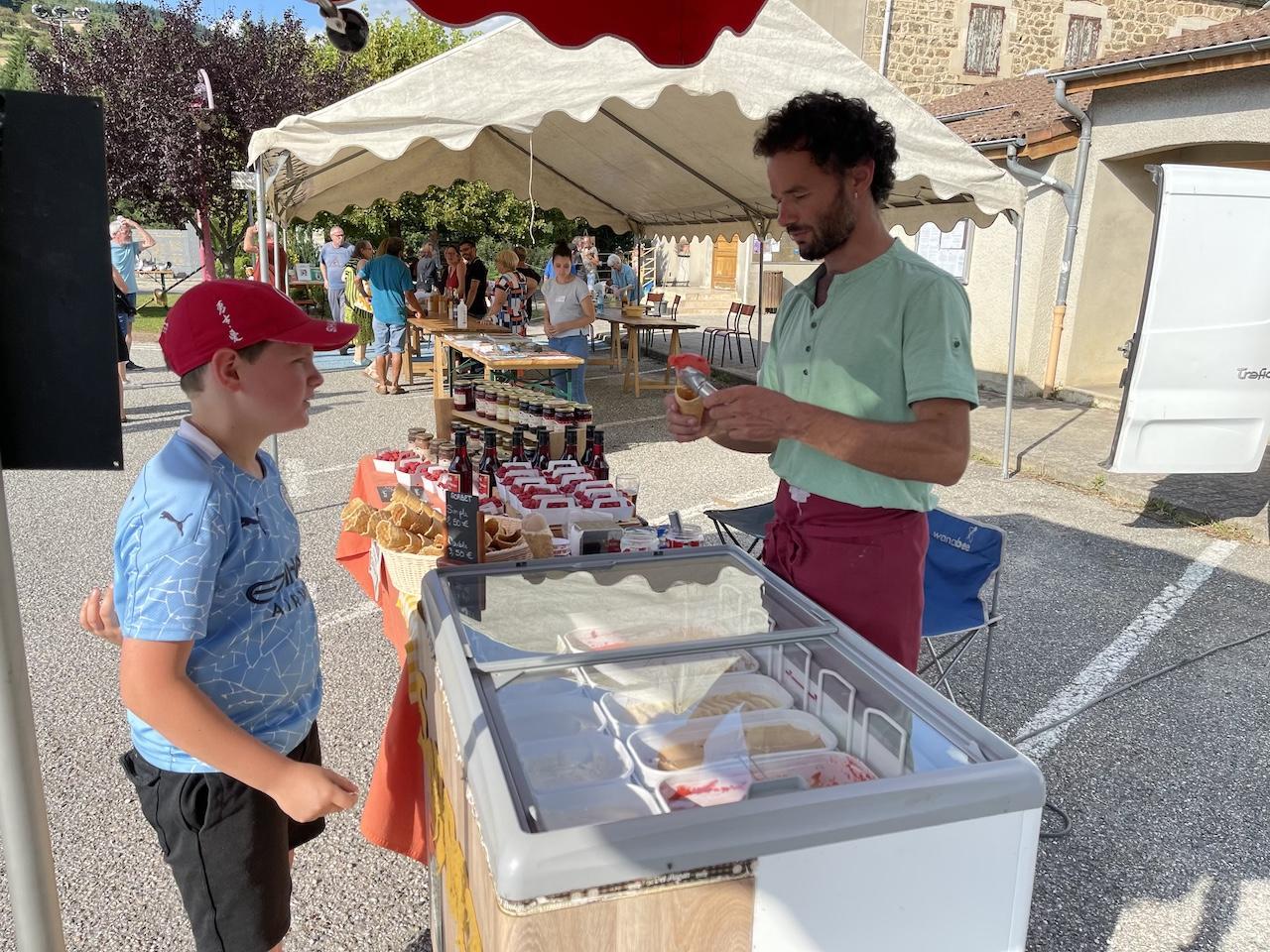 Brice Julien et les glaces et sorbets de Chaléat